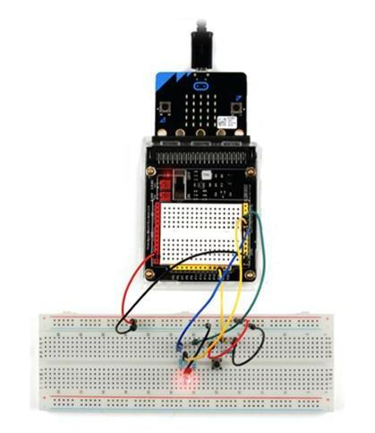 Особенностиплаты расширения с макетом для microbit